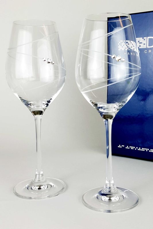 Pair of Wine Glasses with Ring Design | Swarovski Elements