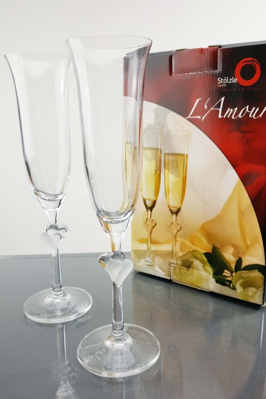 L'amour Frosted Heart Champagne Flutes