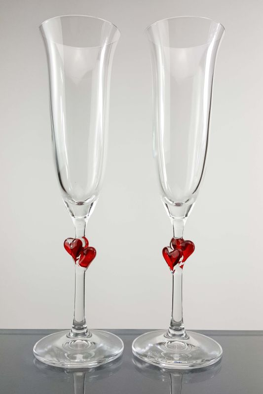 L'Amour Red Heart Chamapgne Flutes