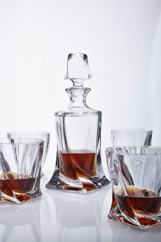Contemporary Whisky Decanter Set | Quadro