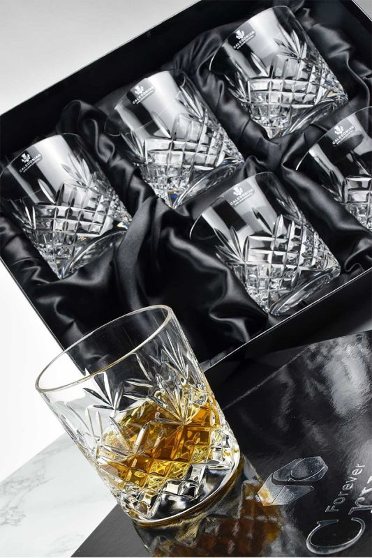 Set of 6 lovely crystal whisky glasses from our Speymore Collection