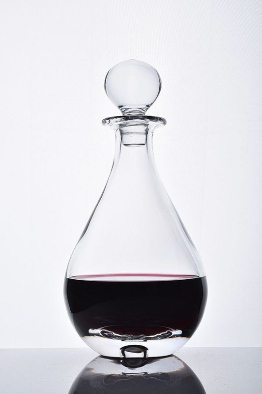 Bubble Base Teardrop Glass Decanter